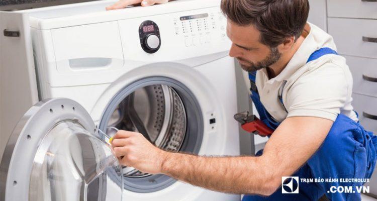 Bảo dưỡng máy giặt Electrolux uy tín tại Hà Nội - Máy sạch, Hết Cặn