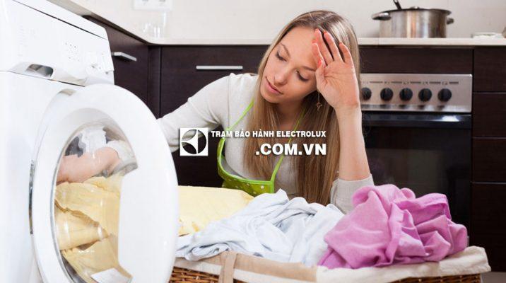 Mẹo hay sửa lỗi máy giặt Electrolux kêu to khi vắt và rung lắc
