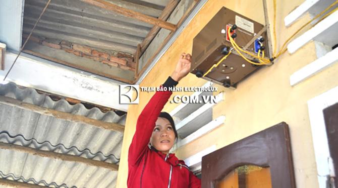Máy giặt Electrolux nháy đèn Start do điện áp không ổn định