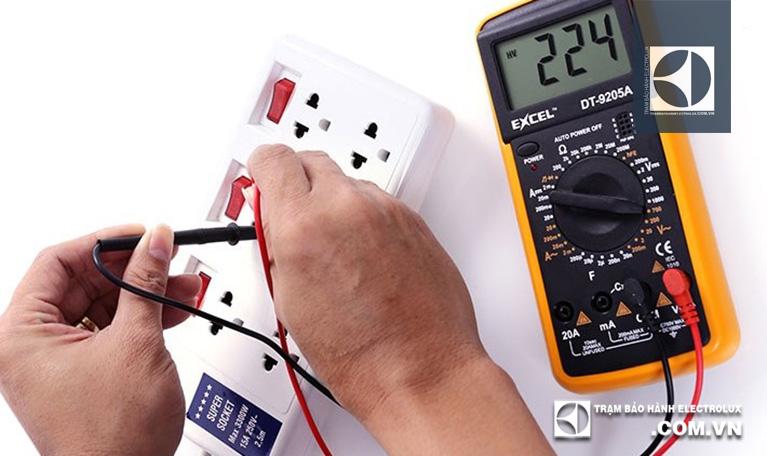 Kiểm tra và ổn định nguồn điện áp đầu vào máy sấy