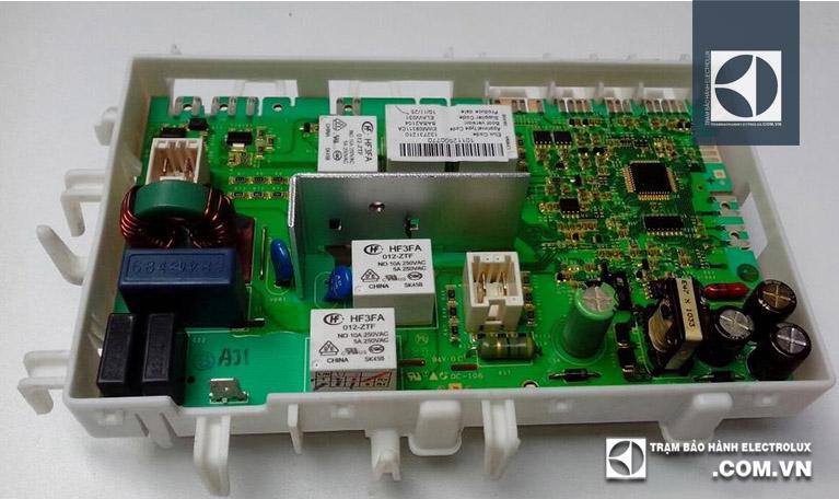 IC cấp lệnh cho Motor bị lỗi