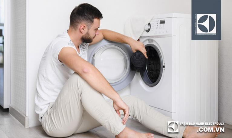 Máy giặt Electrolux bị lỗi chương trình: Nguyên Nhân & Cách xử lý