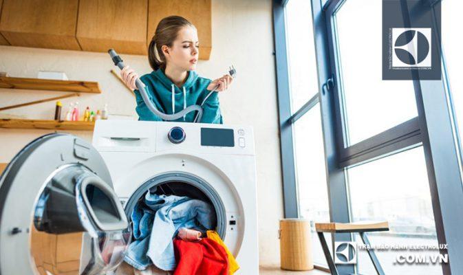 Máy giặt Electrolux báo lỗi End: 3 Nguyên Nhân & Cách Xử Lý