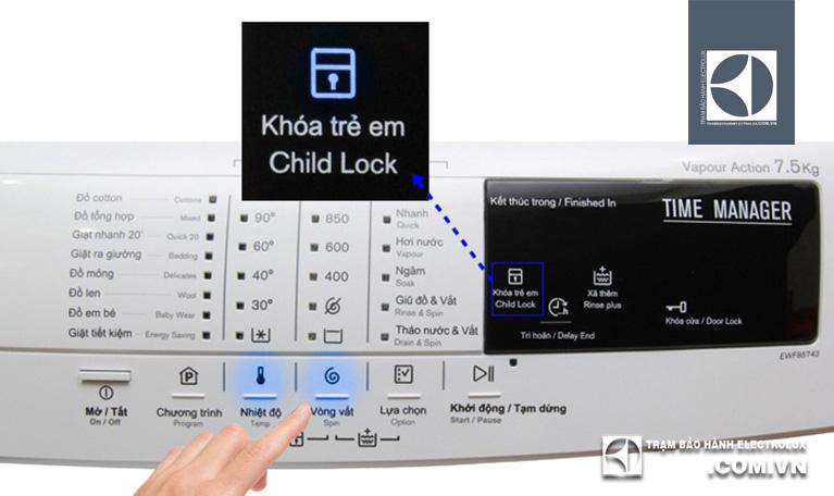 Cách mở khóa trẻ em ở máy giặt Electrolux
