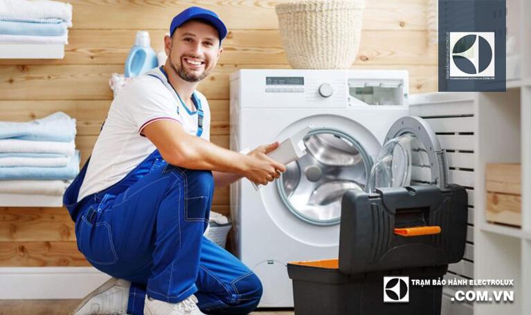 Sửa lỗi E71 máy giặt Electrolux ở đâu là tốt nhất?